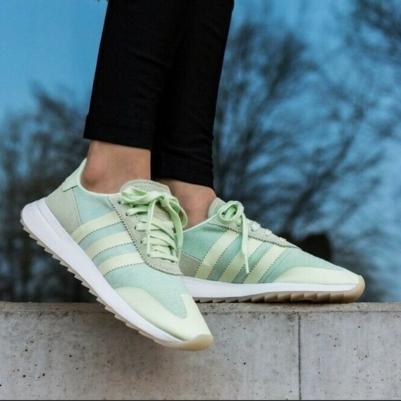 Nwt Adidas Flb Runner Sneakers